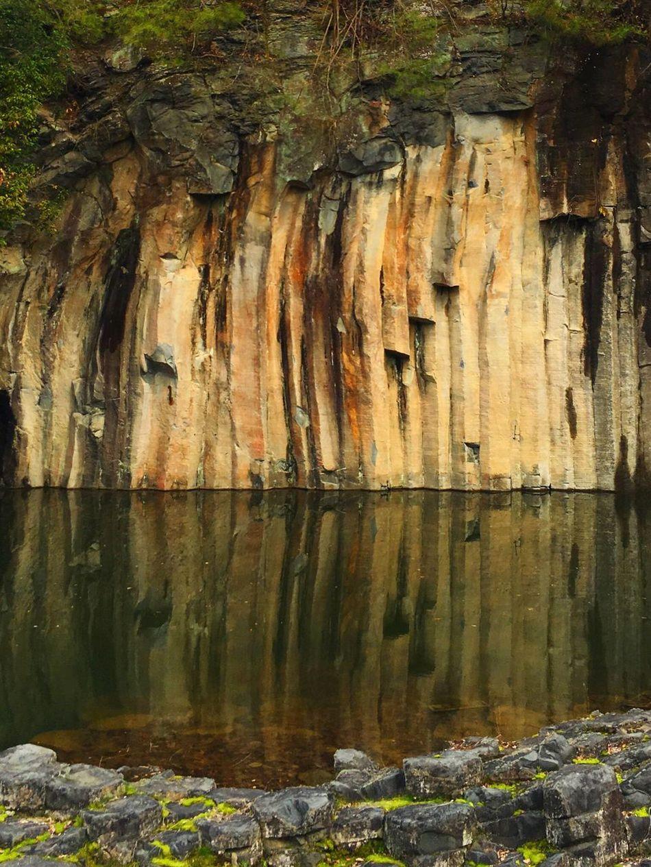 やくの玄武岩公園 Kyoto, Japan Kyoto Fukuchiyama 福知山 京都 Park Water Reflections Water Rock