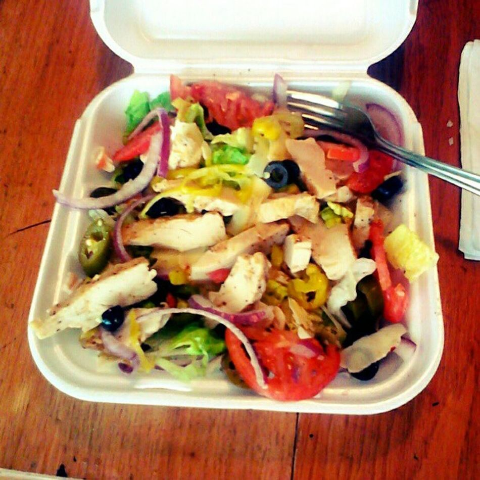 #yummy #postworkout #lunch of a huge #chickensalad! Postworkout Healthyfood Yummy PostWorkoutMeal Lunch Eatclean Chicken Chickensalad Salad Lowfat Olives Lowcalorie Foodie Eatright Fitness Lowcal Diet Nylonsnack Weightloss Fitsperation Lowcarb Redonion Lettuce Jalapino Foodstagram Waxpeppers Tomatos Fitspo