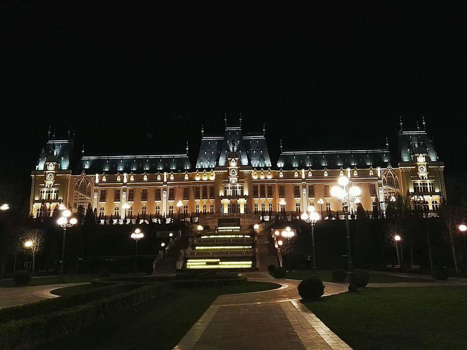 43 Golden Moments Palace Iasi Romania Palace Of Culture Night Lights Night Nightphotography Night View Night Photography Amazing View Amazing Place Amazing