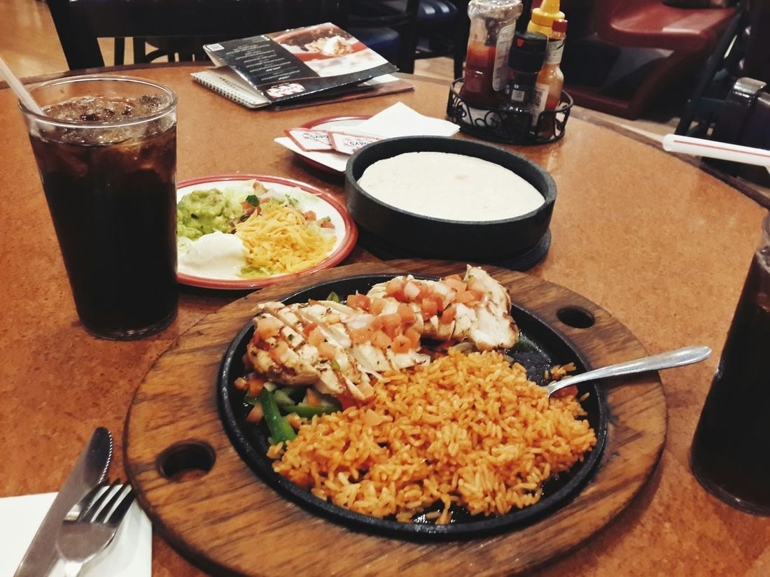 Good afternoon ppl? Relaxing Al Hufūf At TGI Friday's