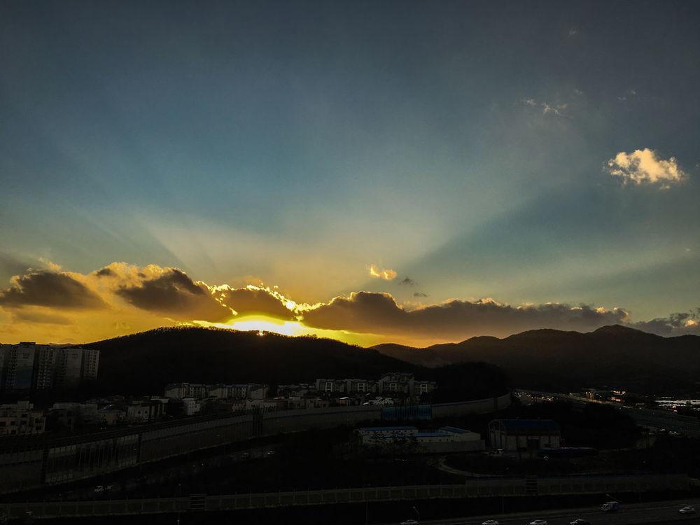 Pangyo Clouds And Sky Sun And Sky Sun And Shadow Sunset