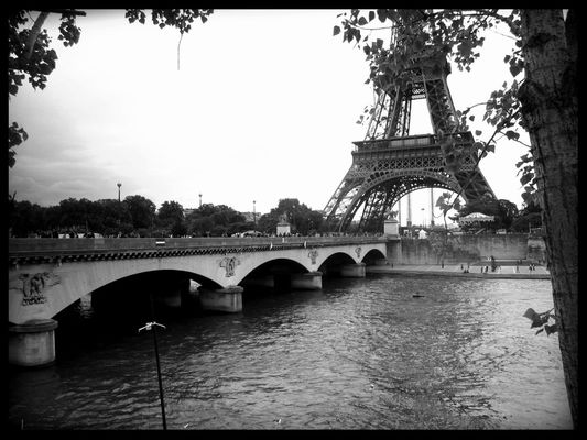 Taking Photos in Paris by Eric Hu