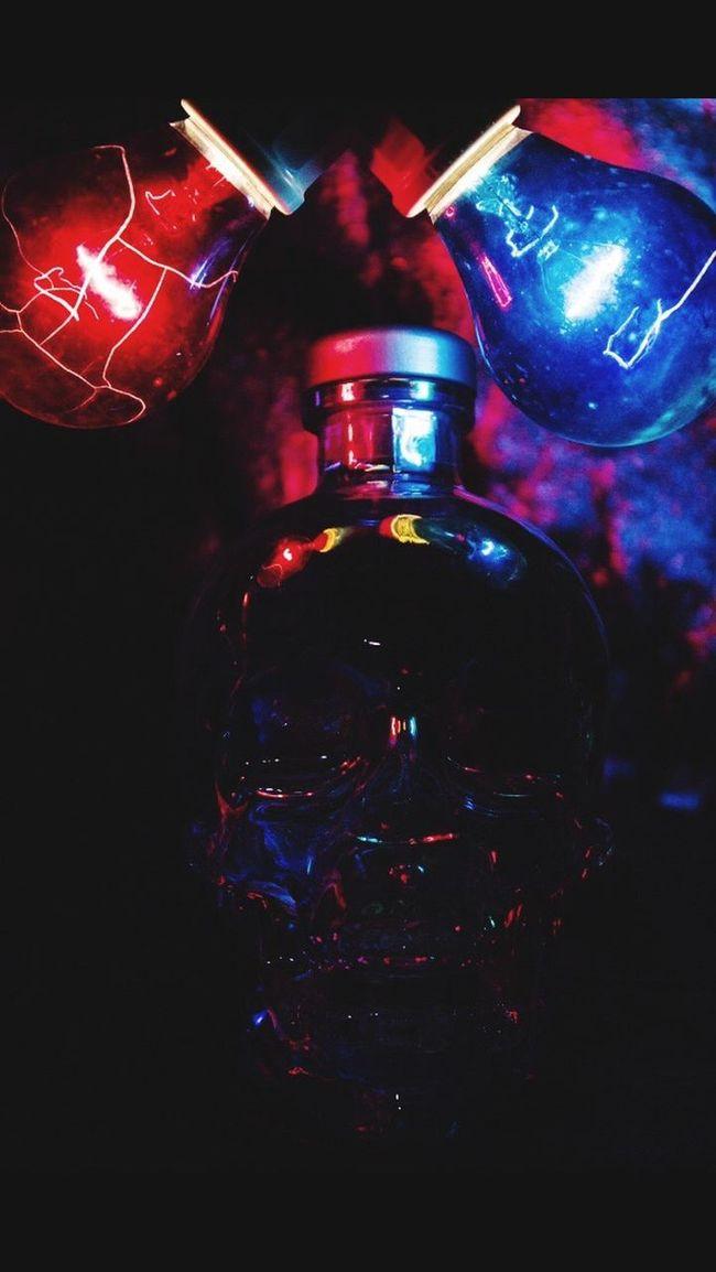 Crystalheadvodka Crystalhead Crystal Crystal Clear Lightbulb Red Blue Partylights Vodka🍹 Photography Skull Skulls Glassskull Glass Art Reflection