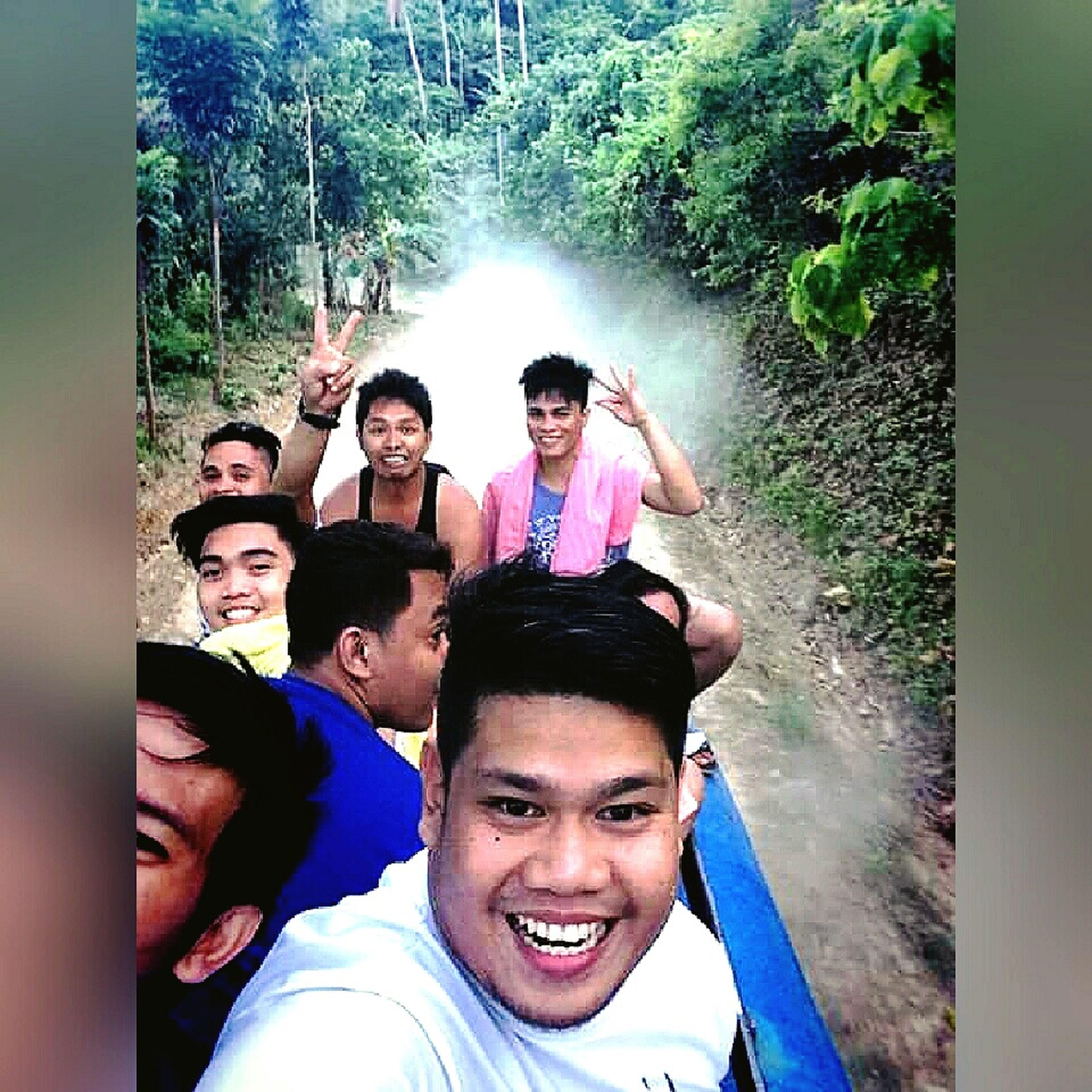 RePicture Friendship Happytrip Roofride Jeepney Travel Friends Happiness