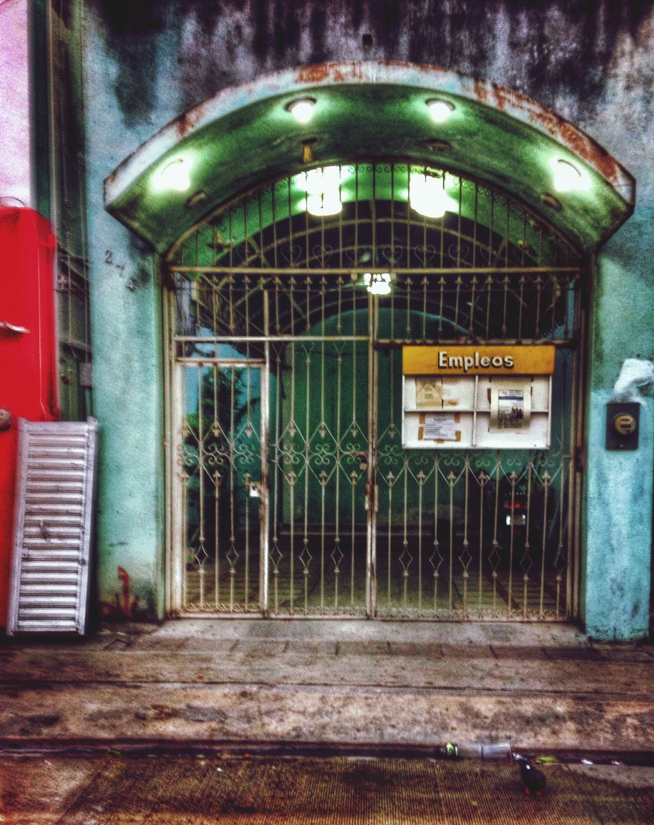 Fachada en el olvido Streetphotography IPhoneography Urban@ndante