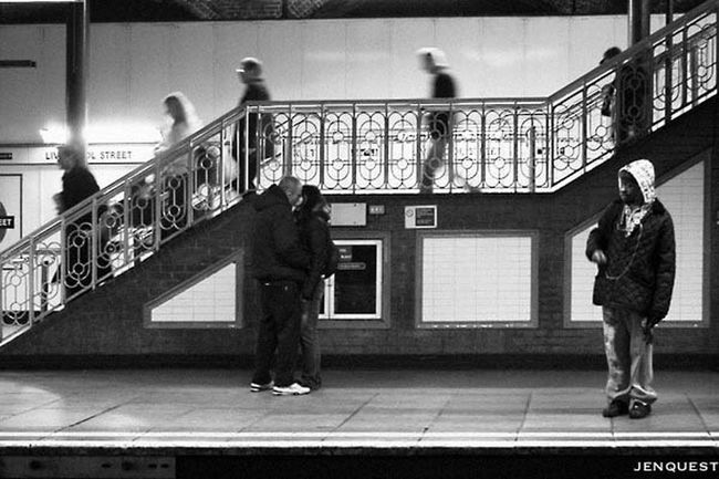 Underground love Black And White Streetphotography Blackandwhite Streetphoto_bw