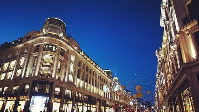 Street view on Christmas eve night. Regentstreet Timeforshopping  Dec24th2015
