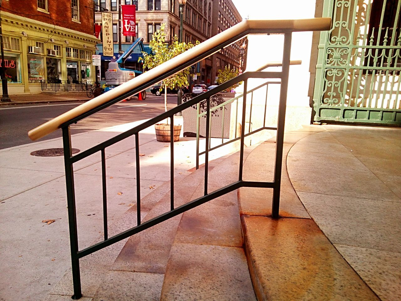 architecture, railing, built structure, no people, building exterior, day, outdoors, city