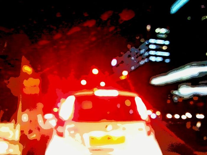 Light Urbanphotography Urban Lifestyle Urbanlife Traffic Lights Cars Cartoonized Taking Photos Check This Out Contrasting Colors