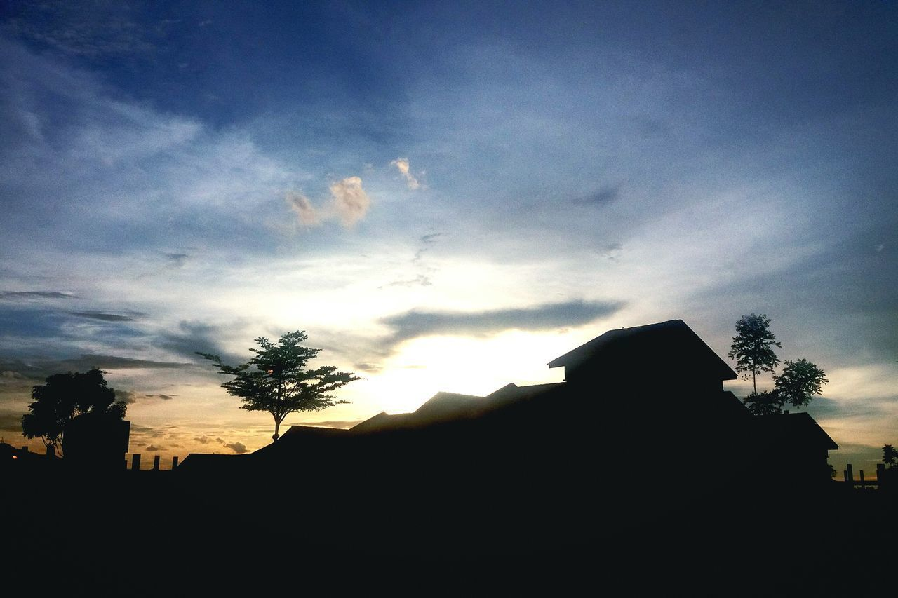 silhouette, sky, sunset, tree, cloud - sky, nature, beauty in nature, outdoors, architecture, no people, day