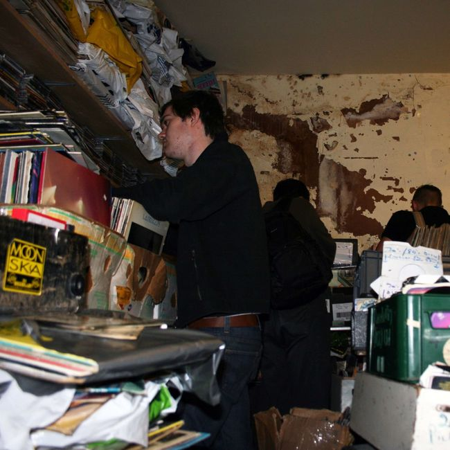 Documenting the iconic ramshackle 2nd hand record store in Nottingham city centre - Rob's Records 2nd Hand Record Store 2nd Hand Records Albums Music Nottingham Record Store Day Records