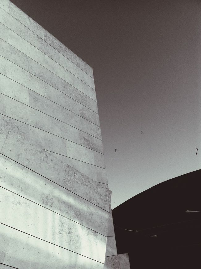 When Two Worlds Colide Happiness Architecture AMPt - Angles Portugaloteuolhar