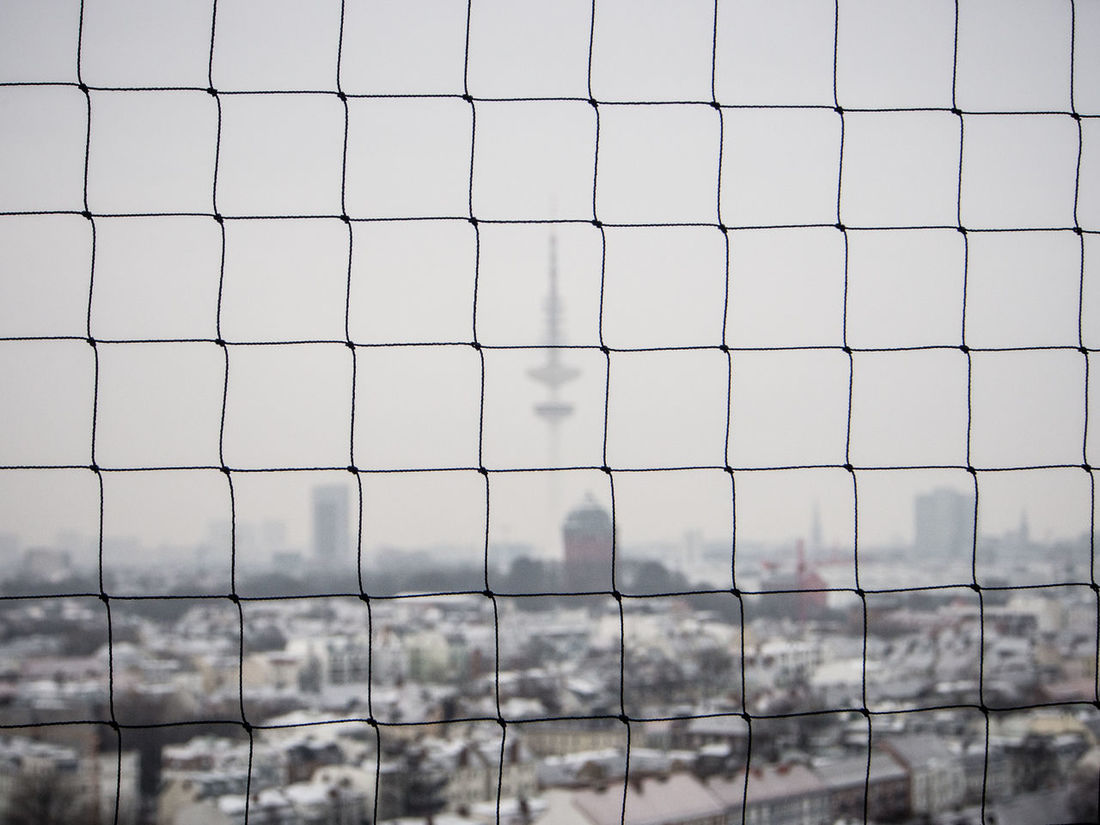 From the 15th Floor Hamburg Over The Roofs Rooftops TV-Tower Fernsehturm Wasserturm Water Tower Hotel Hazy  Hazy Shade Of Winter Misty Morning Out Of Focus Unclear Fuzzy Blurred Vague Net Grid Web