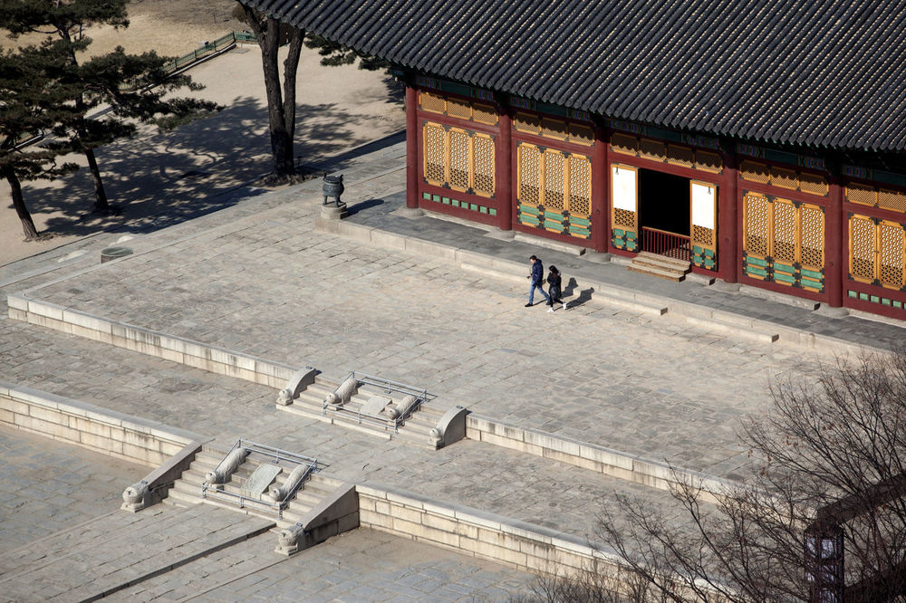 Absence Architecture Bench Building Exterior Built Structure Chair Day Deoksu Palace Empty Exterior High Angle View House Incidental People Korea Traditional Architecture Leading Narrow Palace Railing Restaurant Sidewalk Table The Way Forward Urban Walkway