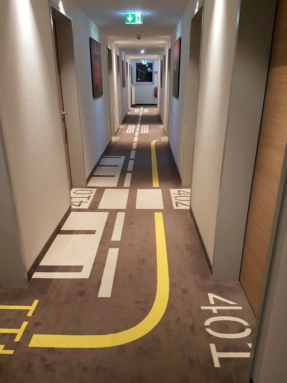 Airport Hotel Architecture Exit Sign Floor Hotel Illuminated Indoors  Lines No People Way Home