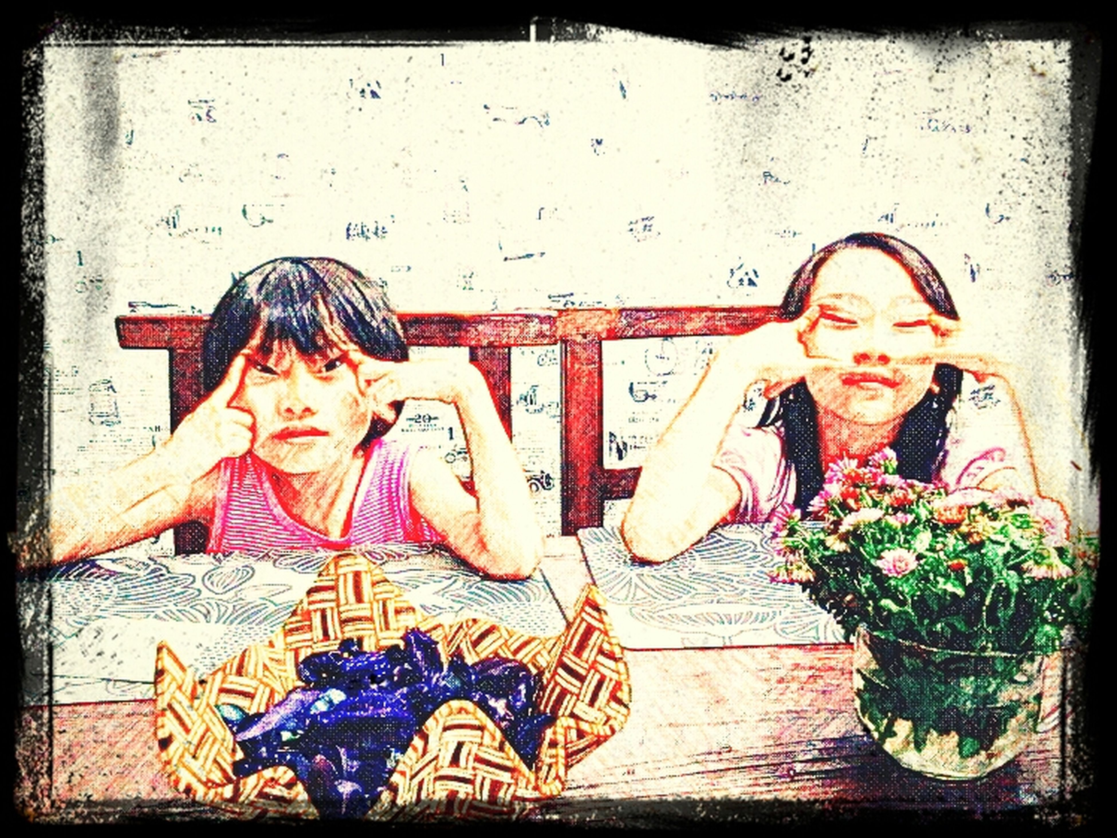Lunch Kids Playing Girl Happy Hour Children Friend Acting Happytime Friendship Photoart Kidstagram Waiting For The Lunch... Sketchclub Sketchart
