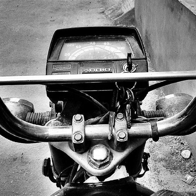 Motorcycle Habib HDR Black White Key Ride Pakistan