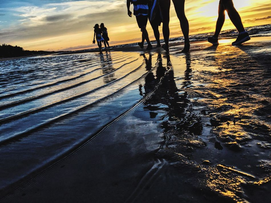 Water Real People Lifestyles Beach Sea Leisure Activity Men Enjoy The New Normal Nature Friendship Sunset Sky Women Low Section Beauty In Nature Day People Adult Słowiński Park Narodowy Słowiński National Park 😍 Lifeguards Enjoy The New Nomal