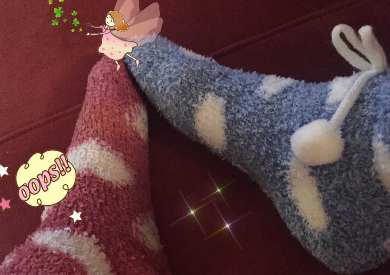 I ❤️ SOCKS !!! TK Maxx Socksie Sock One Person Close-up Real People Human Leg Night Outdoors Low Section Human Body Part My World ♥ Lovely Winterzauber Kuschelig Focus On Foreground Cold Temperature Children GoodEvening💋 Cuddle
