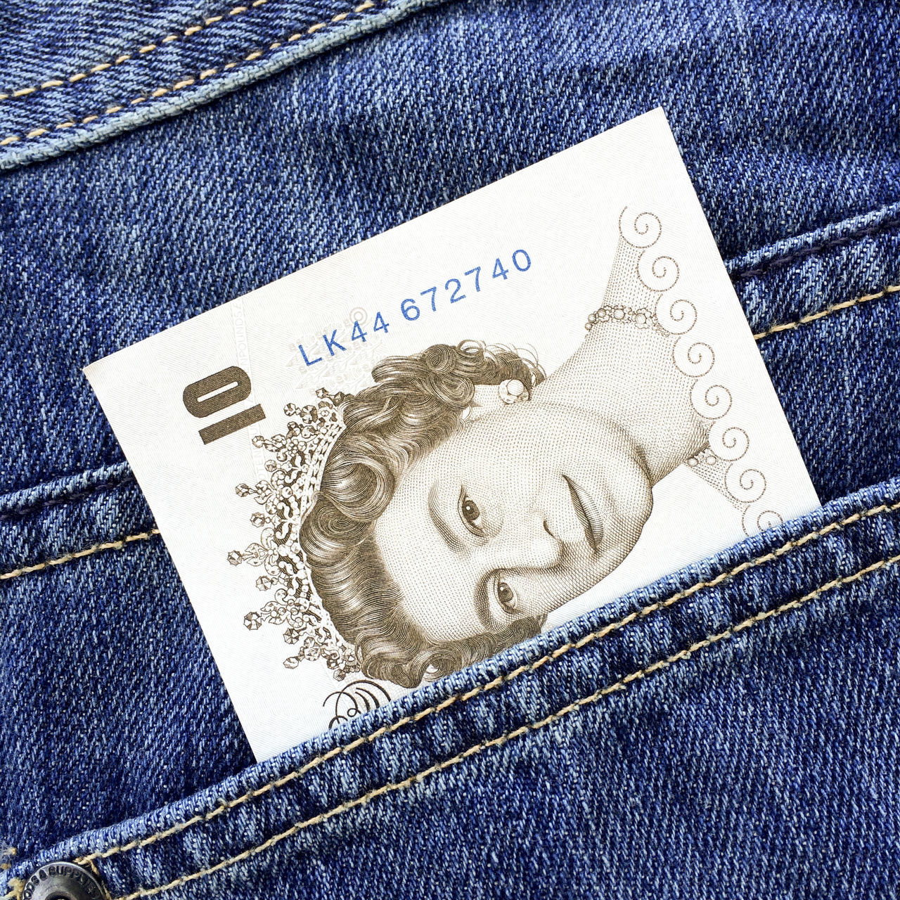 10 Pound Note Blue Blue Background Cash Denim Face Features Legal Tender Money Note Paper Pocket  Pocket Money Protruding Queen Queen Elizabeth  Queens Head Single Object Symbol Ten Pound Note