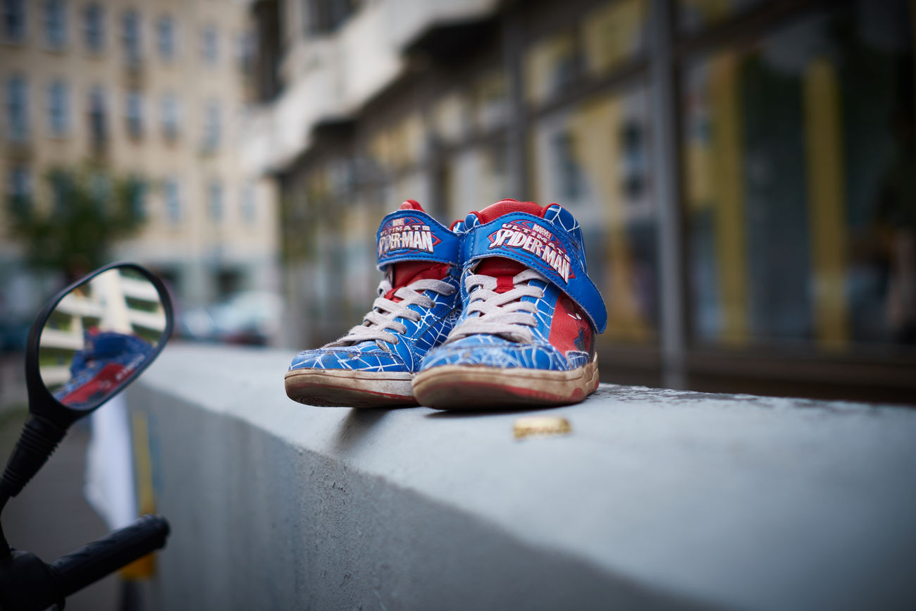 Berlin Kid Shoes Lost Marvel Pair Rotten Shoe Spiderman Typical Used Worn Out
