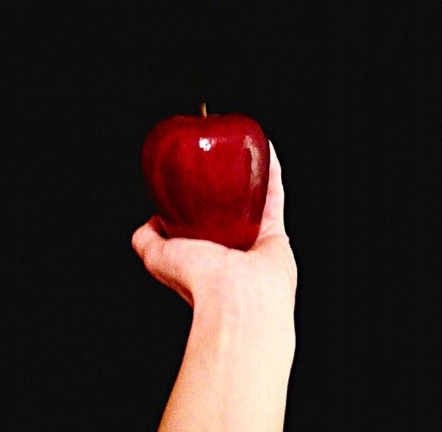 Red Apple Human Hand Hand Snowwhite Black Art Love This Picture Apfel Rot Czerwony Schneewittchen Holding Red Food And Drink Person Healthy Eating Fruit Lifestyles Food Part Of Cropped Freshness Leisure Activity Close-up Healthy Lifestyle Unrecognizable Person Personal Perspective Studio Shot Human Finger Vibrant Color Organic