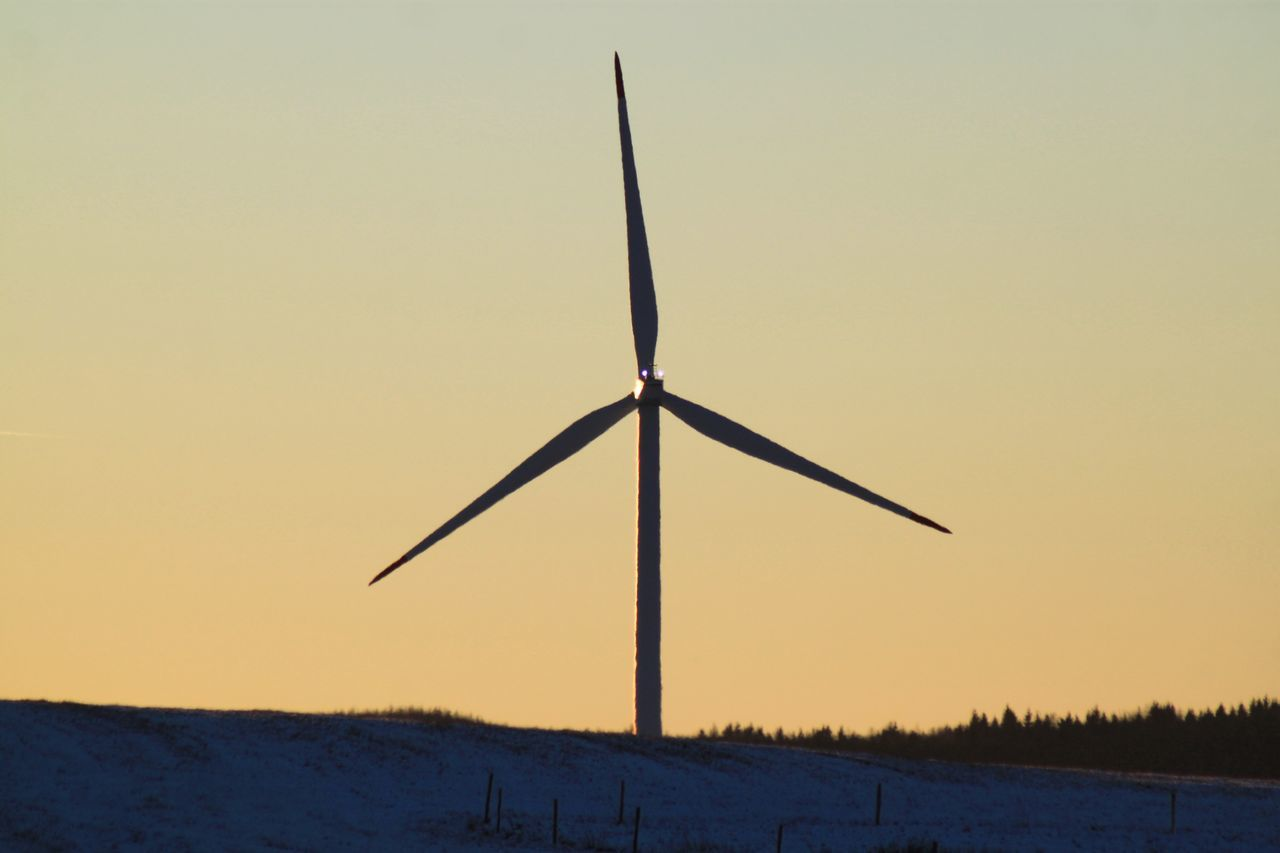 wind power, wind turbine, alternative energy, sunset, environmental conservation, fuel and power generation, renewable energy, windmill, nature, silhouette, outdoors, industrial windmill, field, no people, tranquility, beauty in nature, sky, scenics, technology, rural scene, clear sky, traditional windmill, day