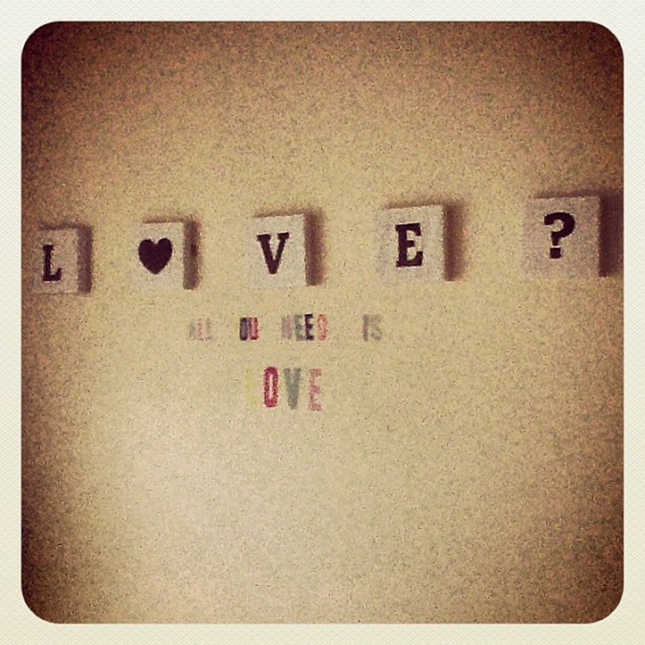 Love? All you need is love. Newroomdecore
