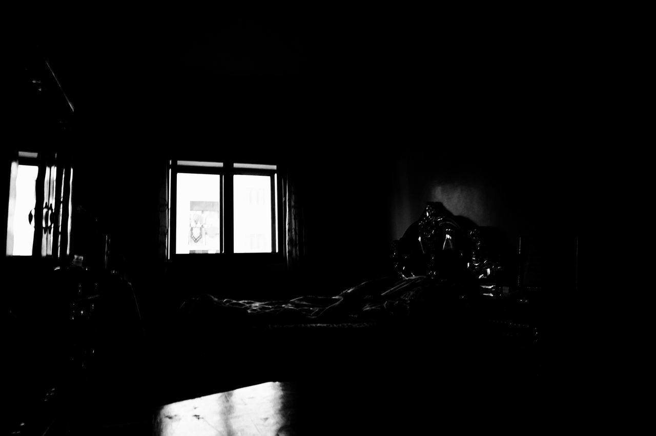 When it takes forever to explain ☠️🎞️ Blackandwhite Monochrome Dramatic Theatrical Dramatica Dramatical Window Domestic Room Indoors  Dark AmbivalenceFilms Ambivalence Ambivalent Noir Film Noir Shades Of Grey Film Noir Style Night Photography Night Photo Realize Make Sense Mnmlsm Minimalism Minimal Minimalistic