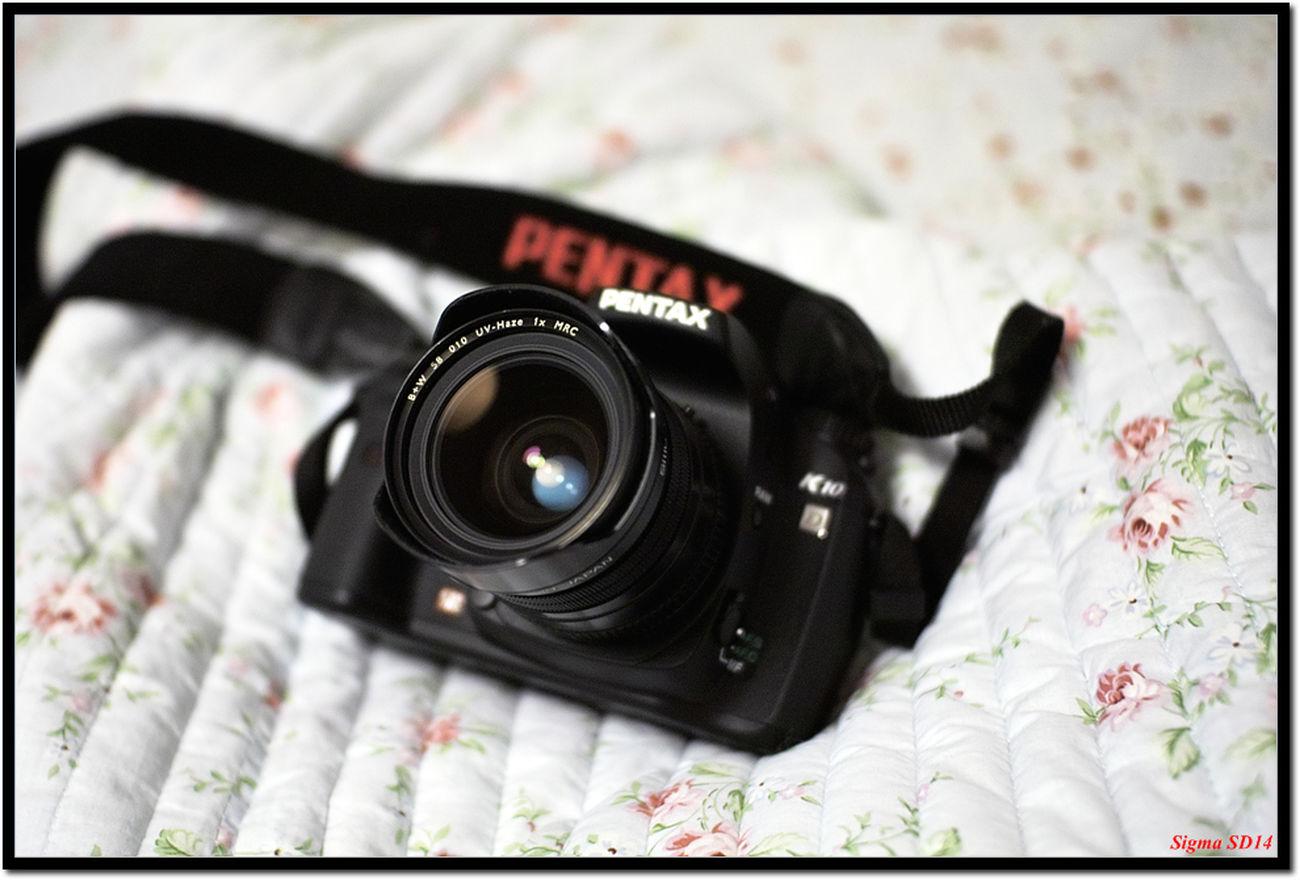 K10d Sd14 Camera