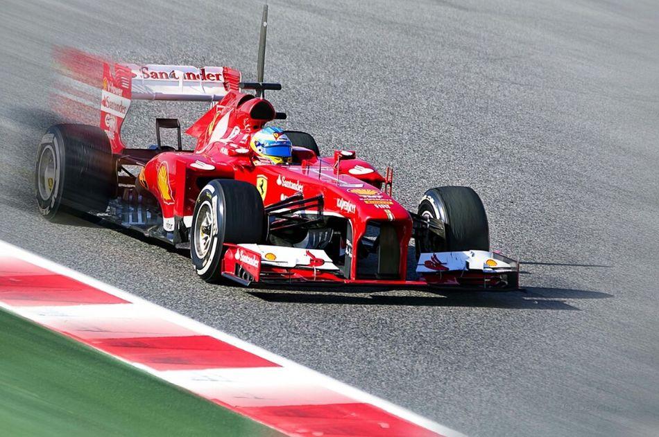 Hanging Out Sport F1 Ferrari Montmeló Circuito