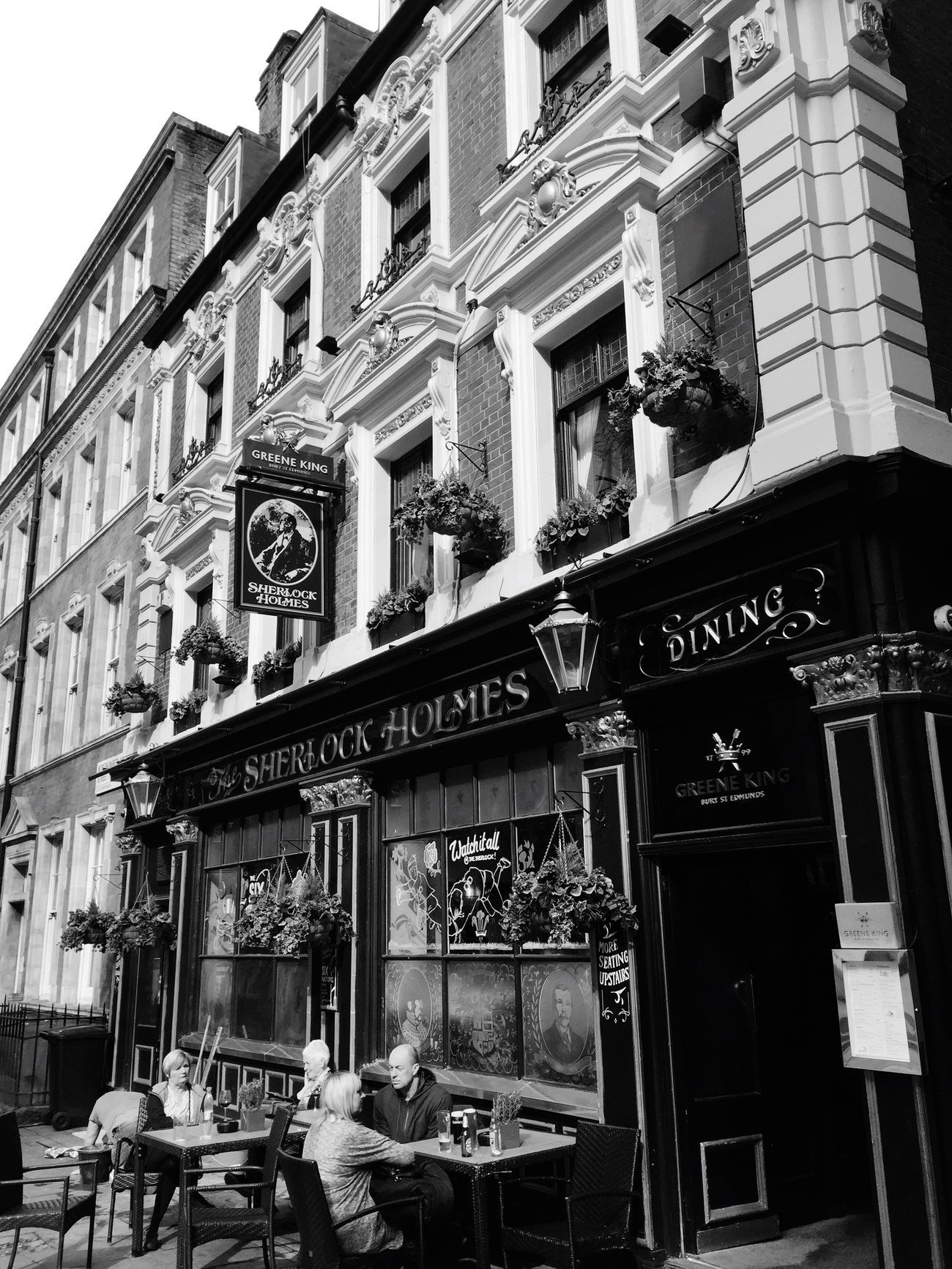 Window Architecture Day Building Exterior Westminster London City Pub The Street Photographer - 2017 EyeEm Awards