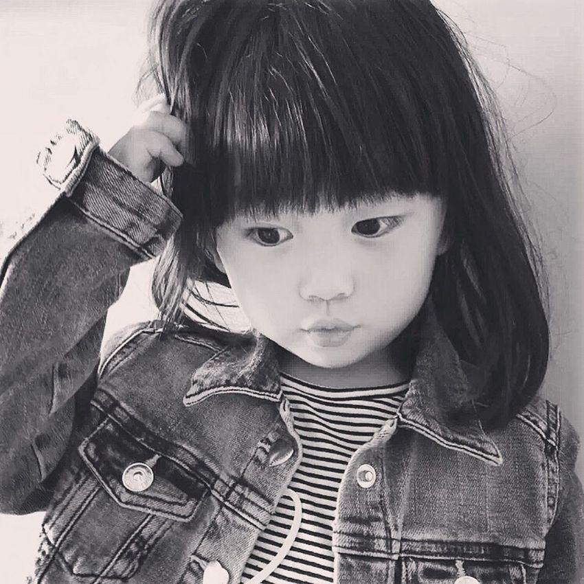 Potrait Kids Girl Blackandwhite Kidsphotography Check This Out