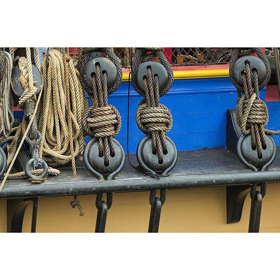 Accastillages Hermione Fregate Port Brest bretagne finistere igersbretagne igersfinistere grainedenature voilier bateau