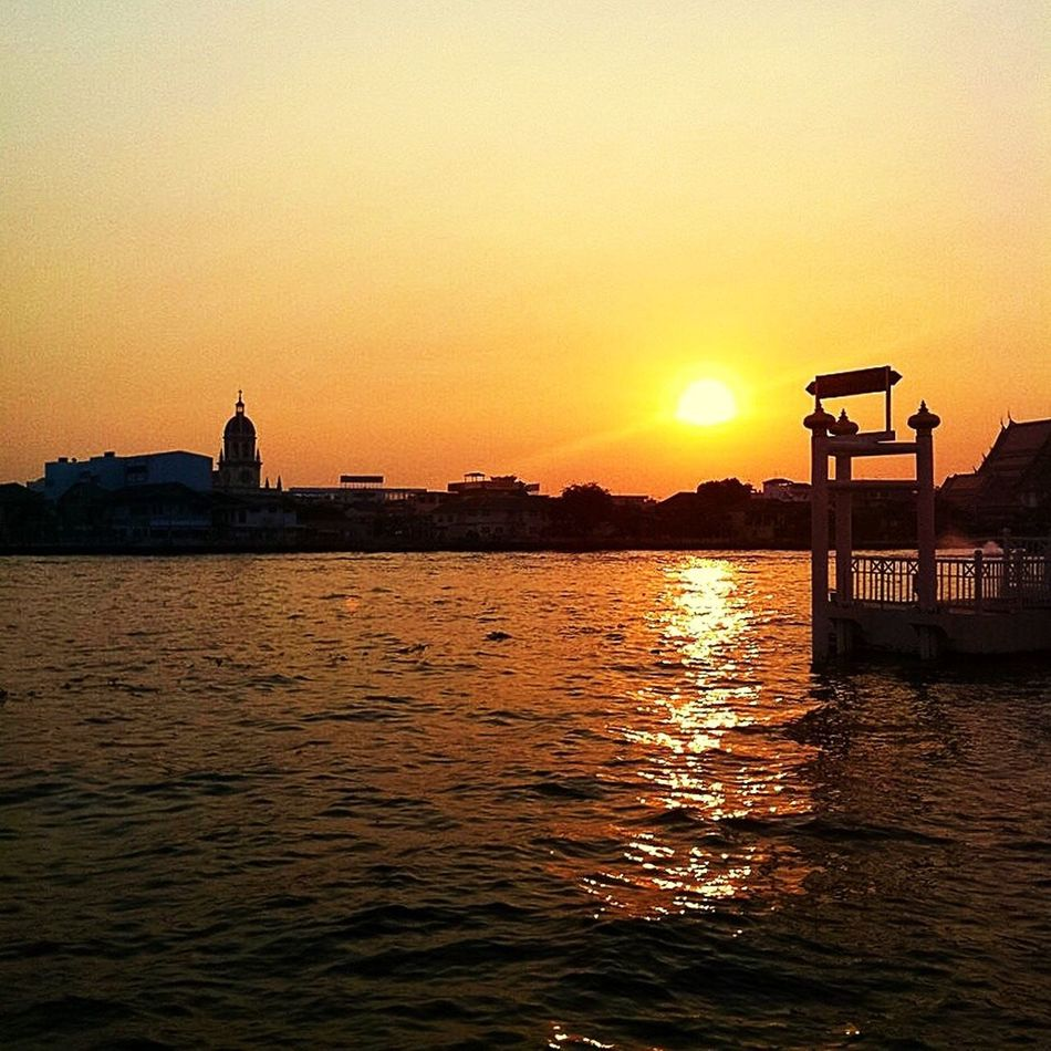 Everyday Joy Thailand Bangkok Yodpriman Riverside Riverside River View River Choprayariver IPhoneography Alone Time