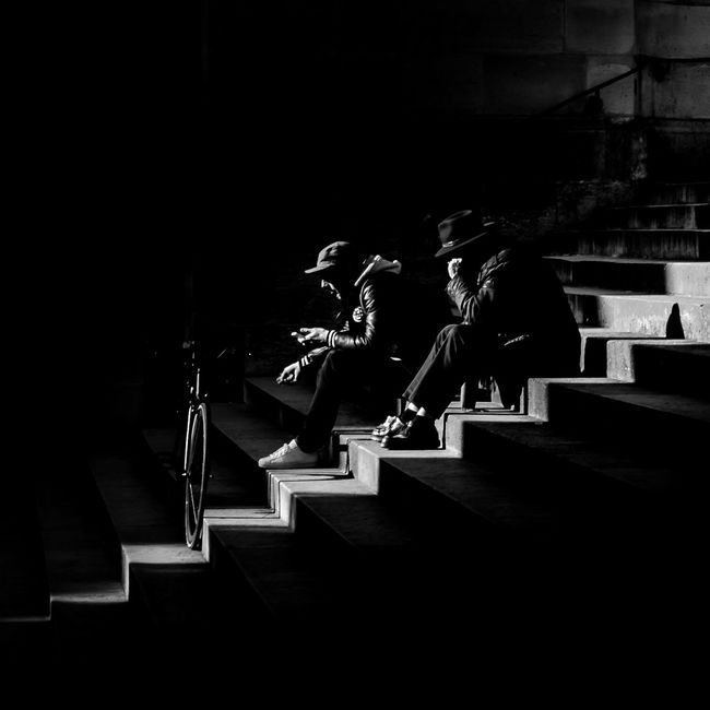 ''No time for you'' Streetphotography Bnw Paris Black And White Lokee Low Key Photography First Eyeem Photo The Street Photographer - 2016 EyeEm Awards
