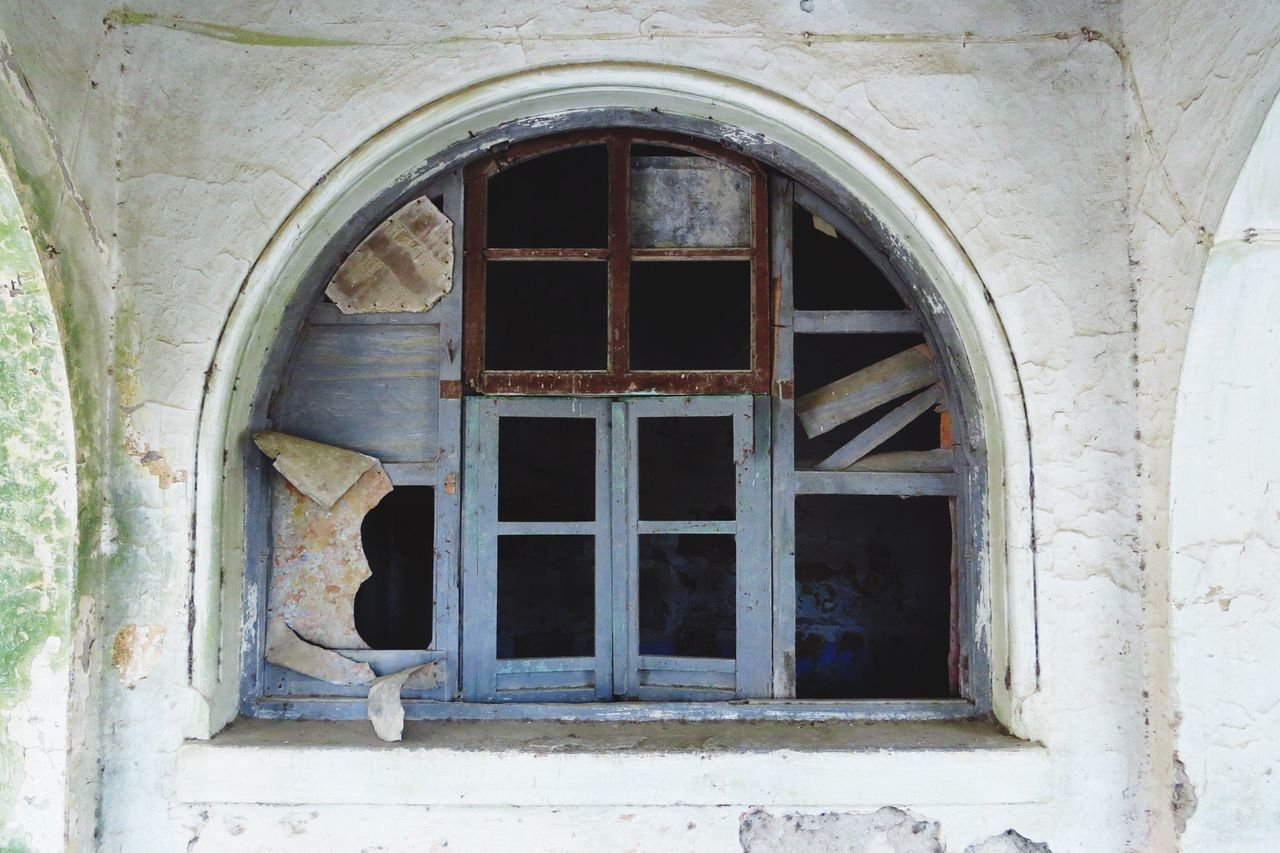 Window Architecture Arch Day Built Structure No People Building Exterior Outdoors Broken Glass Broken Dreams Abandoned Places