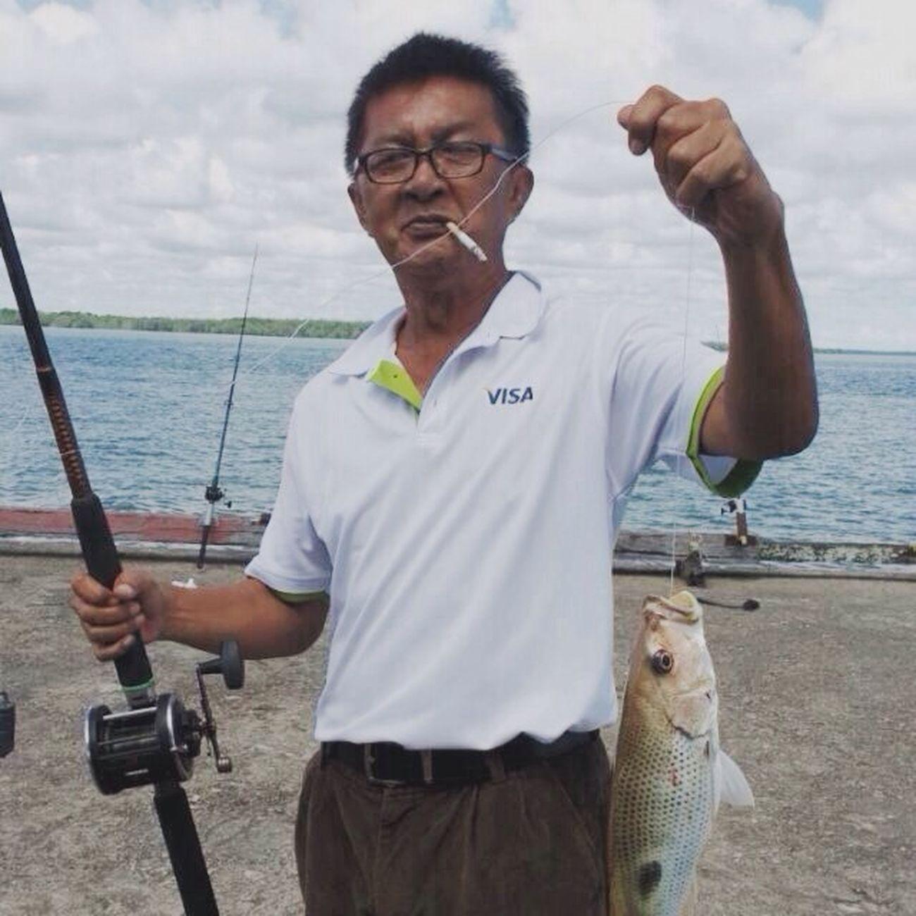 Bapak bapak anak mu cinta pada mu. Cigarette Time Fishing Time Go Fishing! Enjoying Life