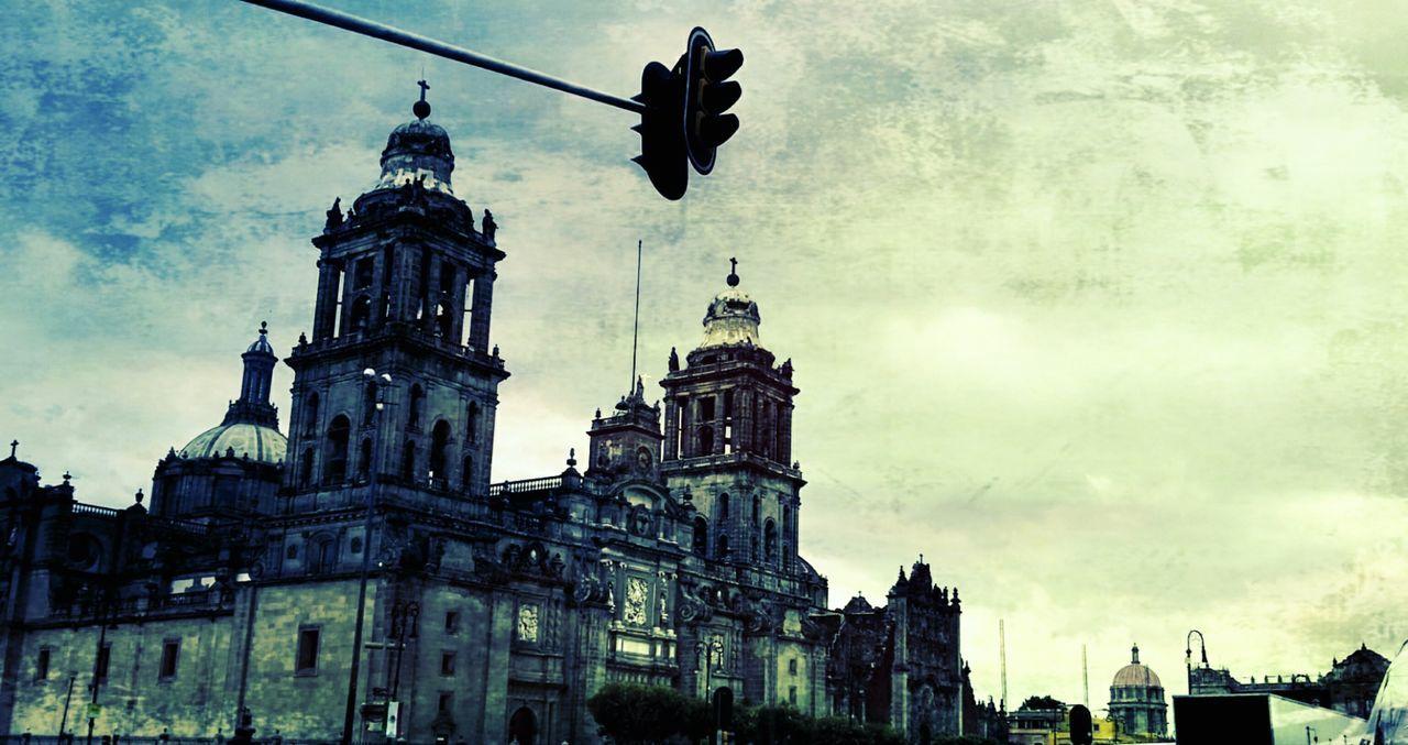 likeforlike #likemyphoto #qlikemyphotos #like4like #likemypic #likeback #ilikeback #10likes #50likes #100likes 20likes likere Mexicocity  Zócalo Df Architecture