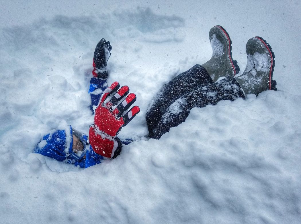 Buried alive! Winter Snow Child Full Length Cold Temperature Motion Childhood Vacations Recreational Pursuit People Snowboarding Warm Clothing Outdoor Pursuit Day Outdoors Tobogganing Adult Blizzard2017