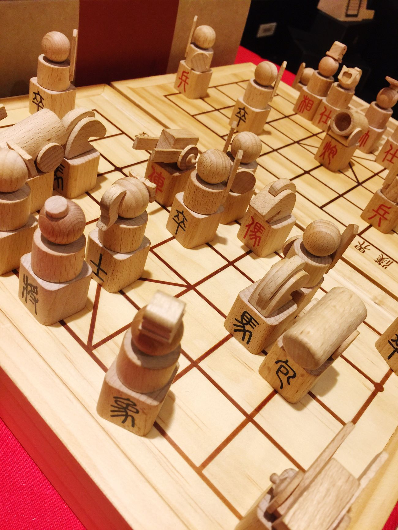 High Angle View Large Group Of Objects No People Indoors  Table Chess Piece Close-up Chess Board Chess Pawn - Chess Piece Day 物