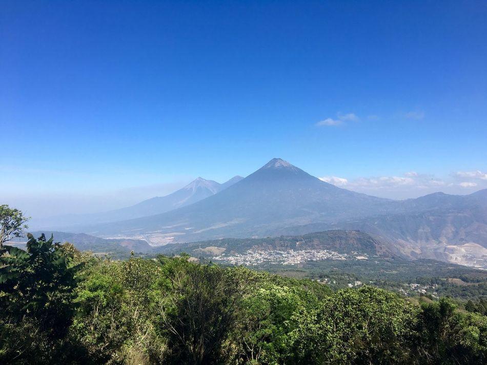 Volcan De Agua Volcán Acatenango Volcan De Fuego Acatenango Guatemala Volcán Pacaya Pacaya Nature Sky Skyline Volcano