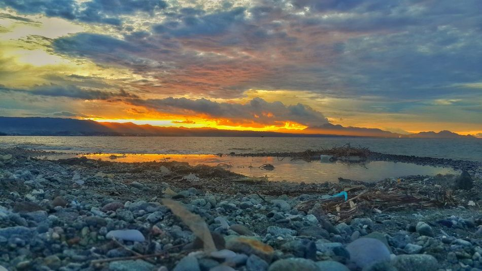 Sunset.. Overlooking Point Cruz..... Sunset Beauty In Nature Cloud - Sky Dramatic Sky