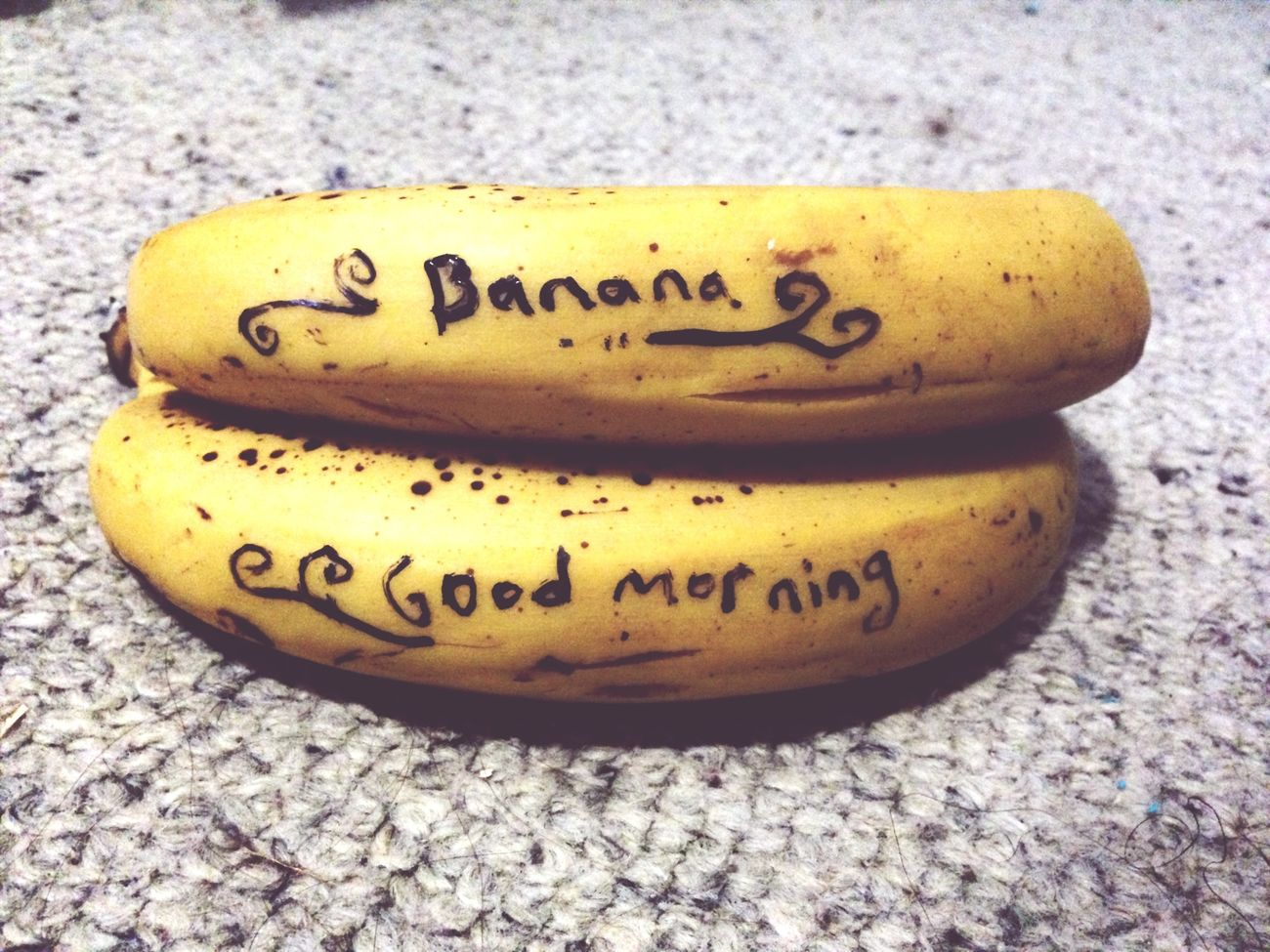 Goodmorning Hello World Banana for Breakfast another hot day! What r u guys up to today?