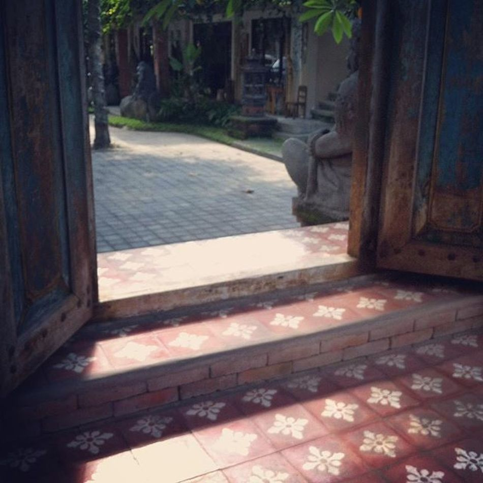 Pretty gate Gate Floor Ceramic Ornaments Motif  Batik Art Houseinspirations House Housedesign