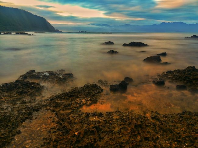 Sea and Clouds Sunset Landscape Mountain Cloud - Sky Outdoors Dawn Nature Beauty In Nature Horizon Water Sea Sky