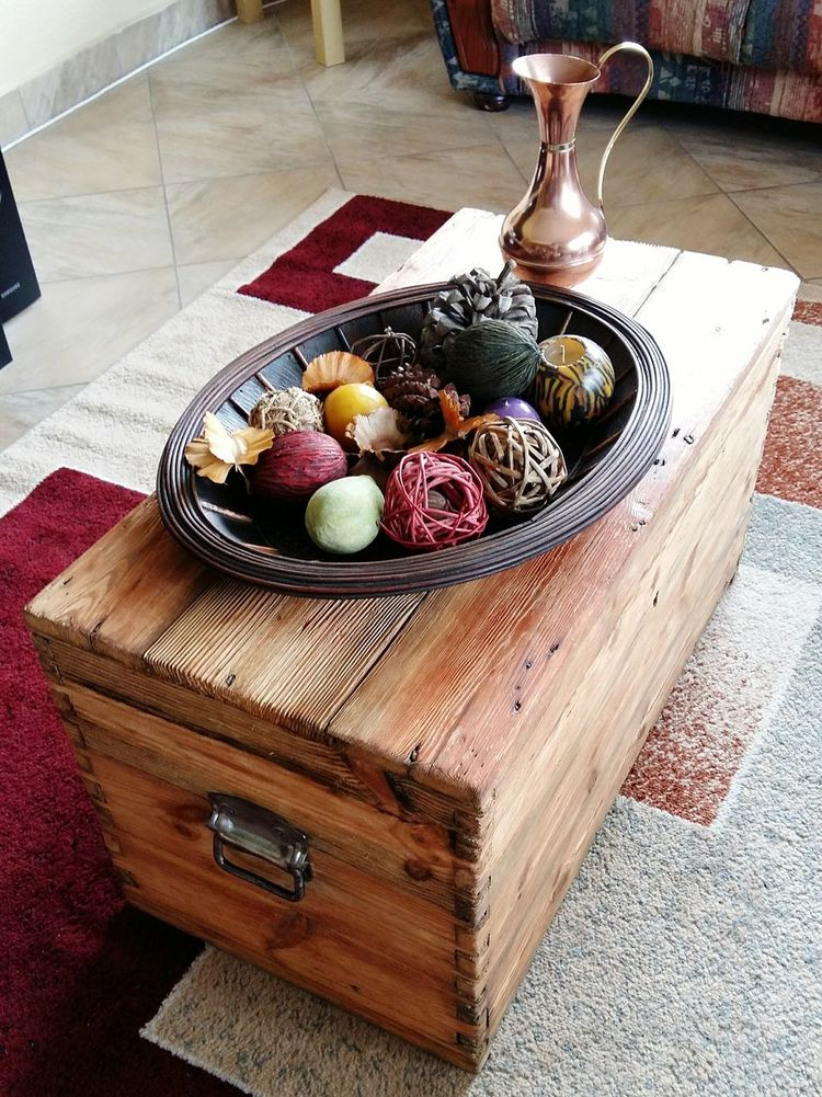 DIY At Home Project Chest Scoured Wood Beauty Indoors  Ornaments Oiled Wood Natural Wood Beauty Project Complete