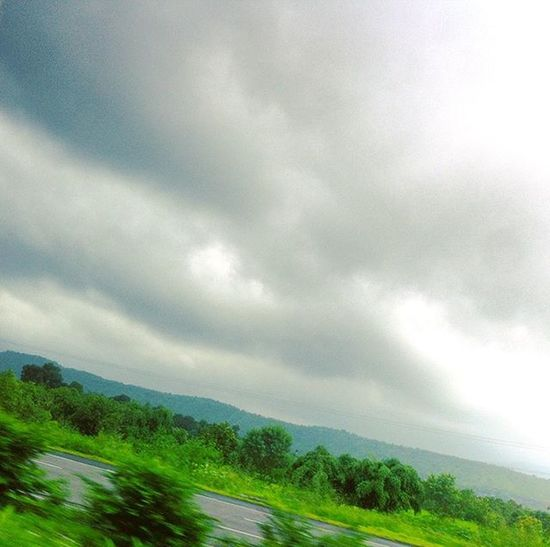 Somewhere between Bombay and Pune Nature Beautiful Itsgonnarainsoon ThatWeather Clouds