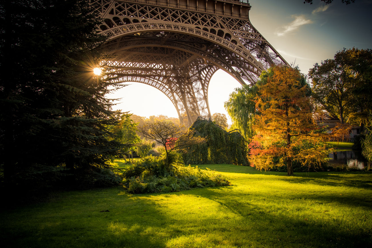 Architecture Beauty In Nature Day Eiffel Tower France Grass Green Color Growth Nature No People Ornamental Garden Outdoors Paris Park Sky Sunset Traveling Tree