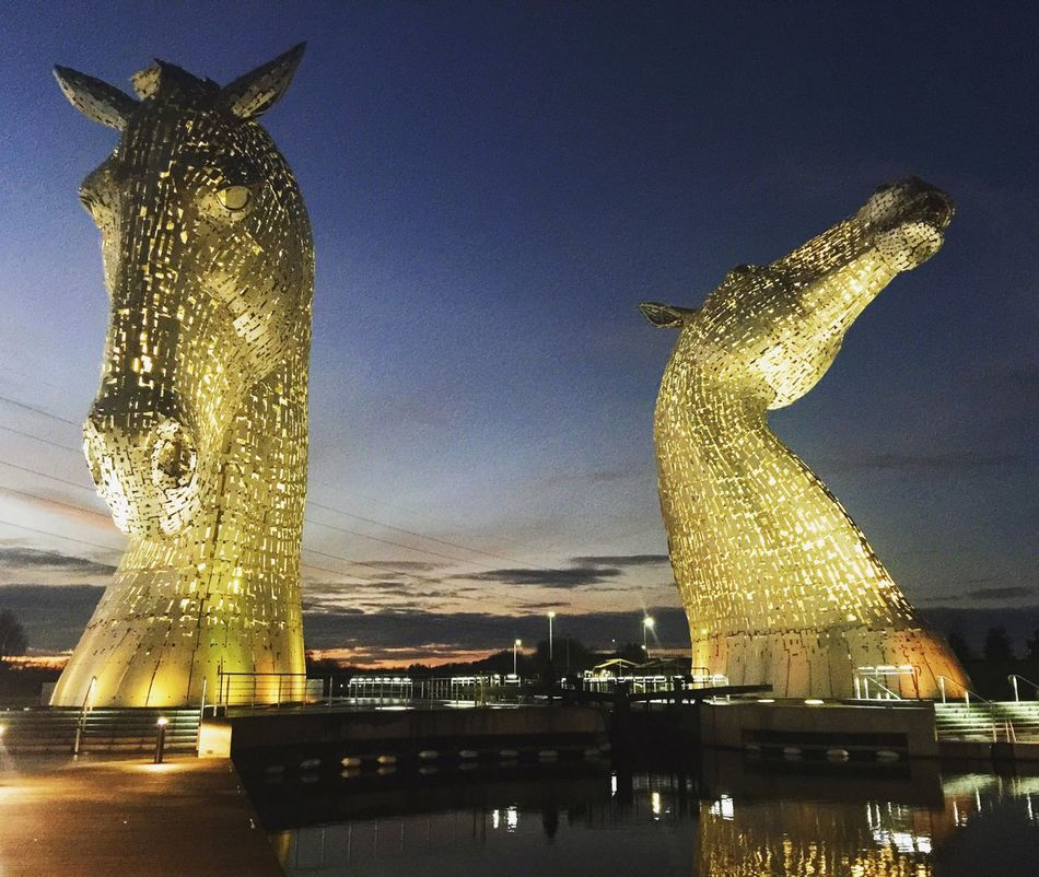 Illuminated Low Angle View Sculpture Night Water Kelpies Of Falkirk Horses